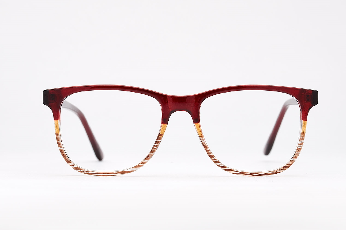 M&S Opticians S190164